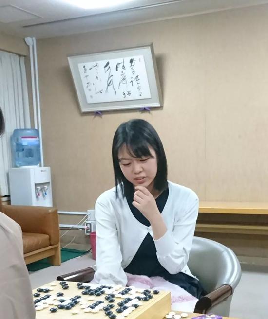 第38期女流本因坊战第3局 上野爱咲美VS藤泽里菜