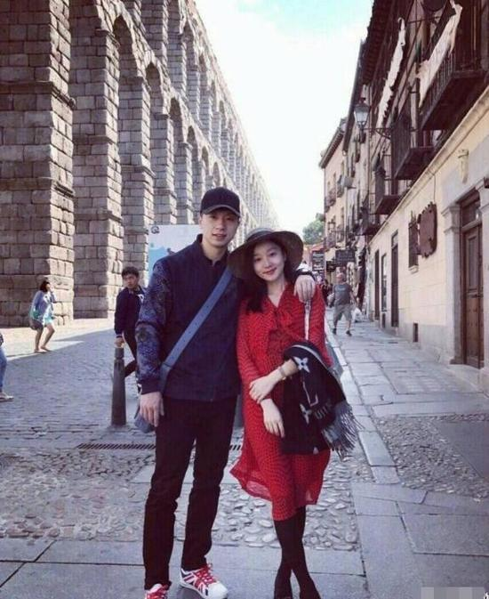 马龙与妻子