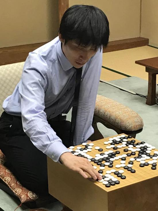 张栩:能拿下挑战权很艰难 唯有赢棋才能压住井山