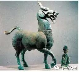 西汉大铜马与胡人俑