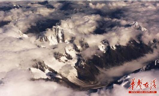 女登山家罗静挑战希夏邦马峰 将冲击女性世界纪录