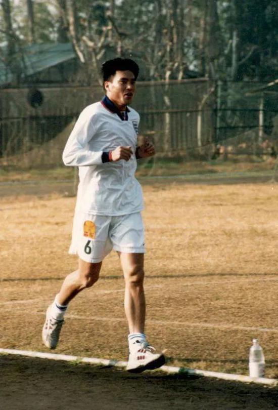 郝海东、小王涛都是当年的12分钟跑困难户