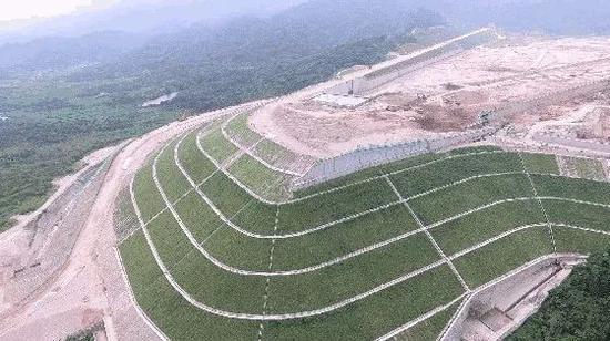高大边坡支护植草技术