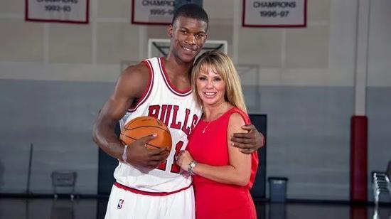 13岁被亲妈赶出家门的他 如今是NBA最硬的男人