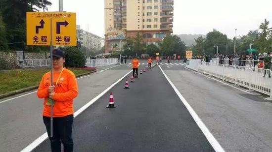 细数马拉松的那些奇闻趣事 有人穿凉鞋跑出冠军