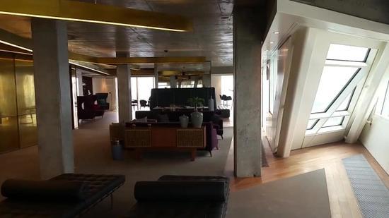 揭秘莱万豪宅:价值700万镑 水疗按摩室一应俱全