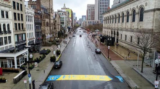 波士顿马拉松首次取消 波士顿城损失2亿美元