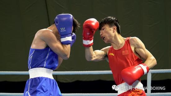 全国男子拳击锦标赛第五比赛日 众国手杀入决赛