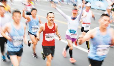 金标赛事已达11个 中国马拉松赛事激活城市新动能
