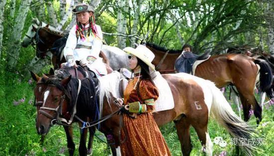 少数民族与马