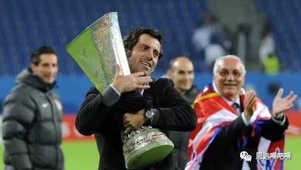 在西班牙教练中,弗洛雷斯也算是个非主流