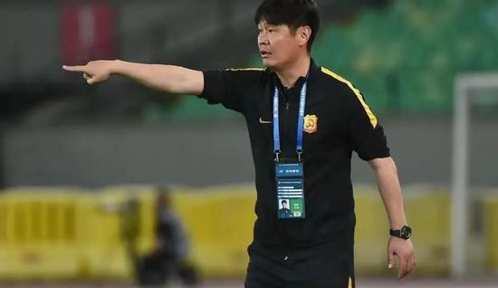 評論:李霄鵬選擇了什么 好教練必須習慣無人欣賞