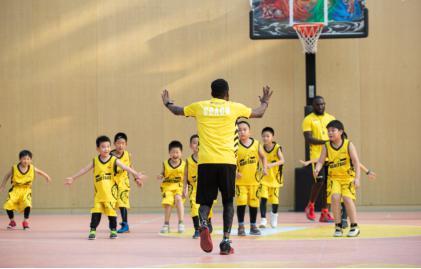 动因体育上线美式篮球班 训练+比赛创新教育新模式