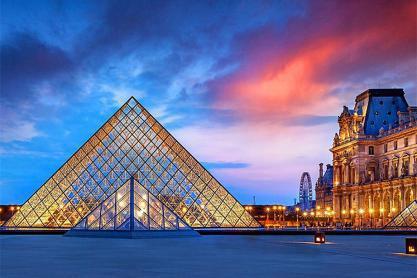 世界著名的五大博物馆之一的卢浮宫