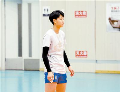 天津青年女排队长技术细腻 刘美君:打球要像小老虎