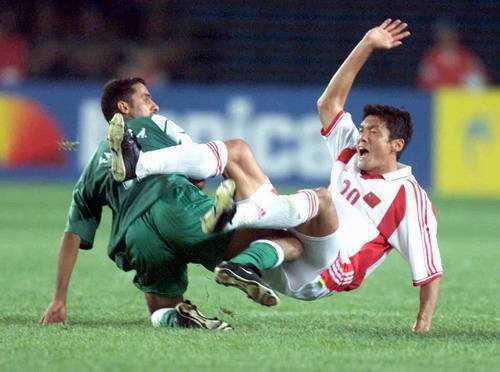 杨晨是中国队世界杯出线的主力球员