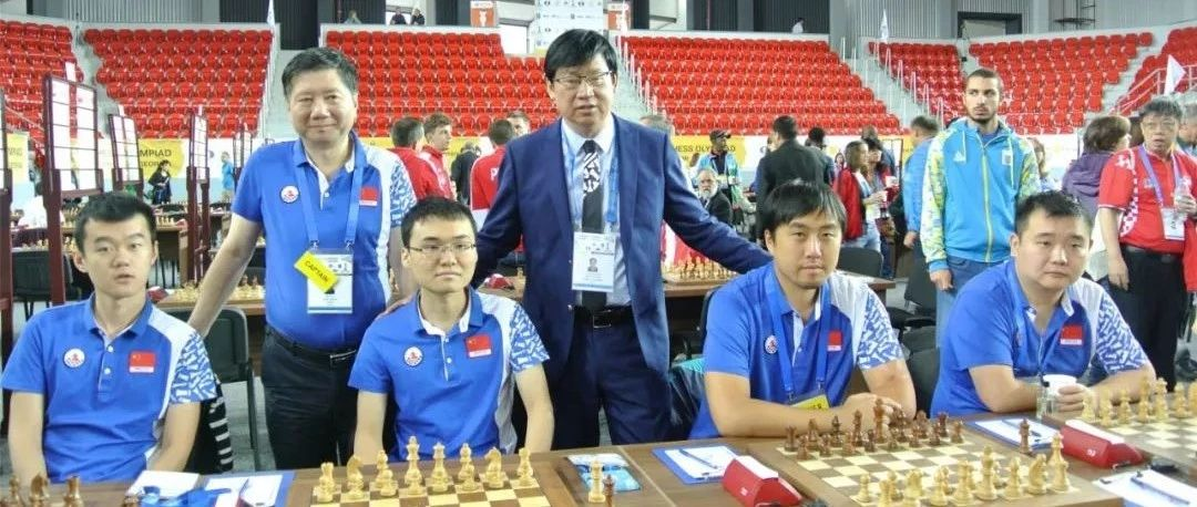 中国男队夺得奥赛冠军