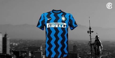 国米发布新赛季主场球衣:锯齿形条纹设计