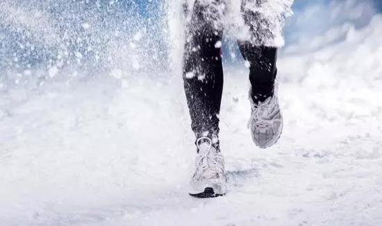 冬季不分晨跑夜跑,这些装备不能少