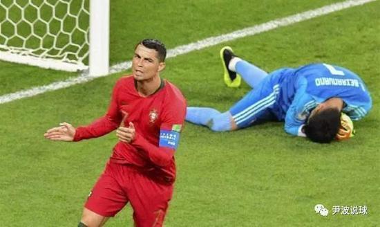 (C罗失点导致世界杯夺冠赔率震荡,西班牙超越之前的热门巴西队,成为第一夺冠热门!)