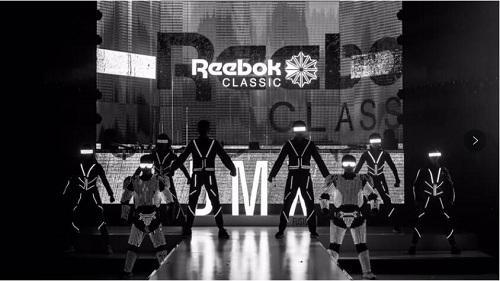 "Reebok ""DMX FUSION 未来再定义""发布会现场光影表演"