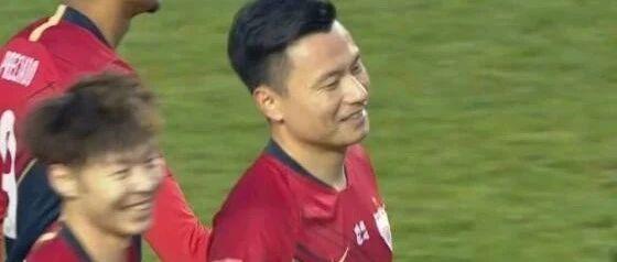 35岁郜林又炸了 深足热身3-1胜亚泰