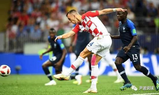 (克罗地亚让攻势足球在世界杯绽放)