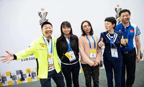 中国国象队庆祝