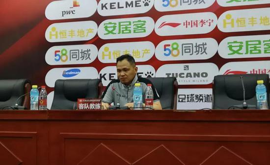 Q:首先请主教练点评本场比赛。