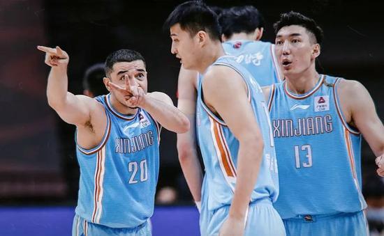 新疆男篮多名球员离队,是好事还是坏事?
