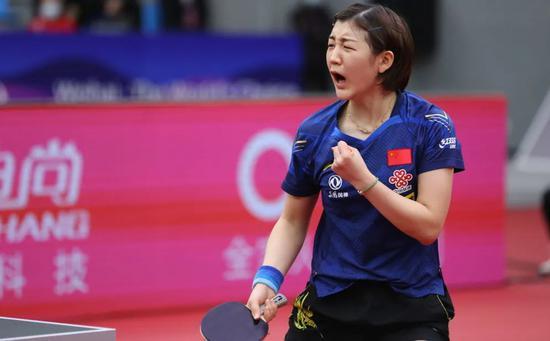 夺冠前她只是黄晓明表妹 从蹭冠军到名副其实一姐