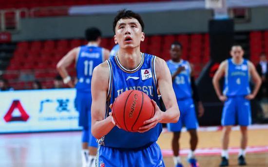 再见了,队长!史上最被低估的中国男篮队员……