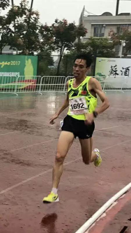 马拉松十大人物朱兴有:想把跑步所学教给更多人