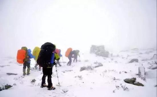 暴风雪是鳌太穿越最大的窒碍之一。