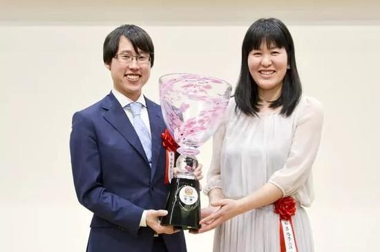 加藤启子和井山裕太组合最终夺冠
