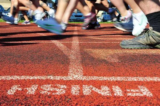 马拉松赛前吃多少?少吃,正常吃,狂吃?都对!