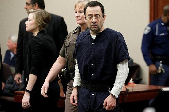 美国体操性侵案 罪犯可能面临100年监禁