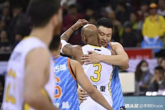 疆媒:盘点离开北京队球星 这队缺钱还是缺尊重