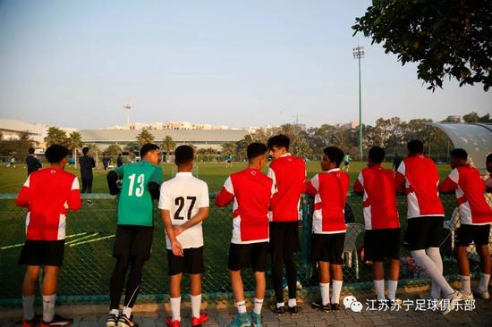 苏宁迪拜冬训一天两练 特谢拉归队三伤员参加合练