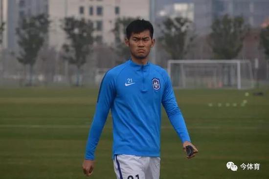 泰达主力浮现首发U23是他 1替补新赛季将受重用
