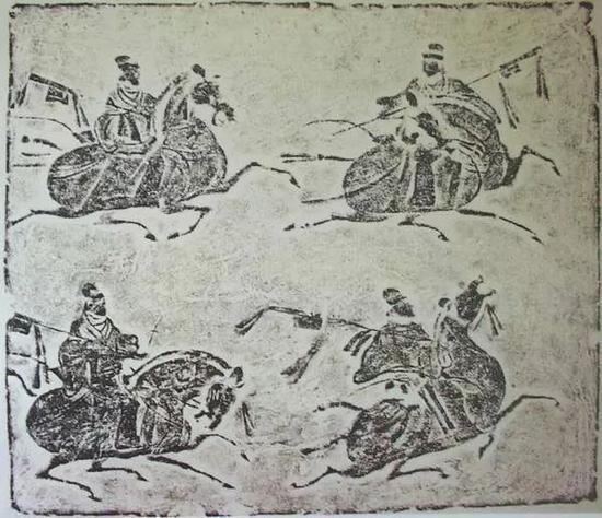 四川画像砖《四骑吏綮戟图》