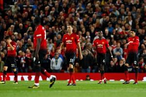 凯恩传射卢卡斯2球 曼联0-3热刺惨遭连败