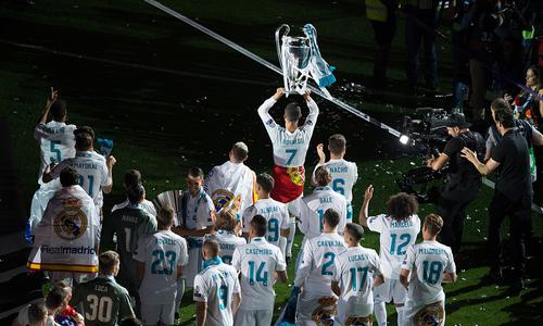 马德里站上世界足坛之巅