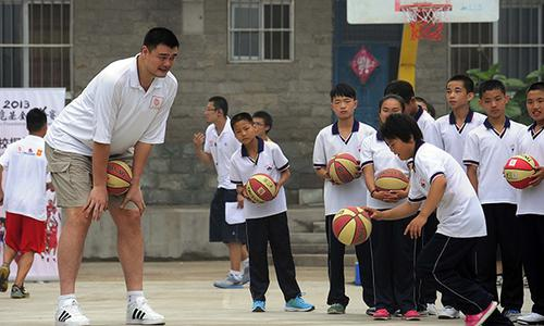 筑梦者姚明:用慈善与篮球去改变现状