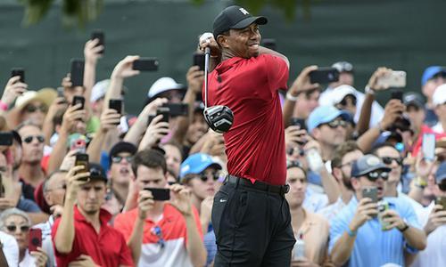 伍兹夺冠 高尔夫的春天回来了