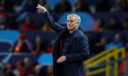 曼联耽误了穆里尼奥,现今哪个俱乐部还敢用他?
