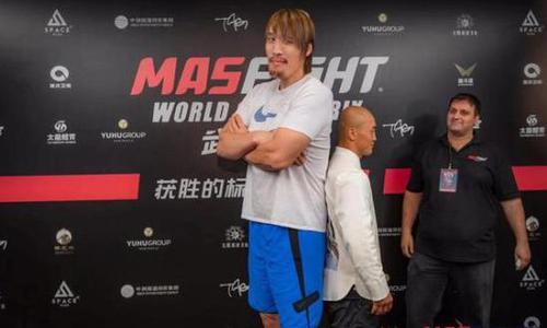 一龙大战韩国巨人不是搏击只是作秀