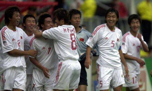 中国球员为什么长大都不行了?