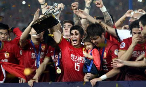 孔卡:中国足球扶贫史上的巅峰