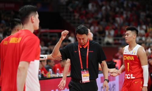 完败后的中国篮坛众生相 李楠该下课